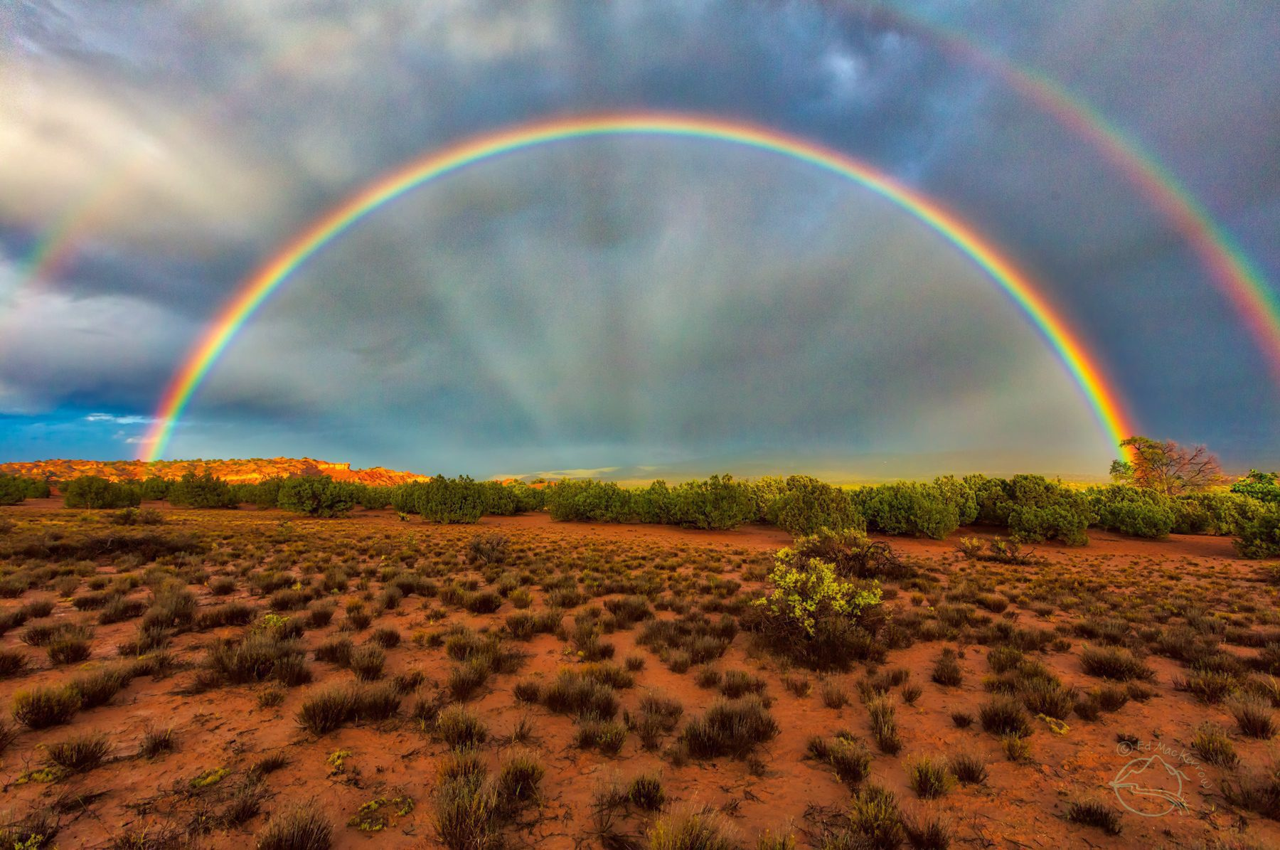 Archway to the Light, photograph of double rainbow and anti-crepuscular rays